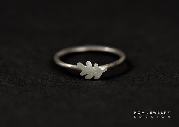Little Oak Leaf Ring