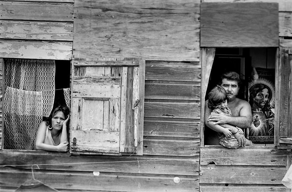 Cristo y su familia, Ponce. 1985 Credit Francesca von Rabenau O'Reilly