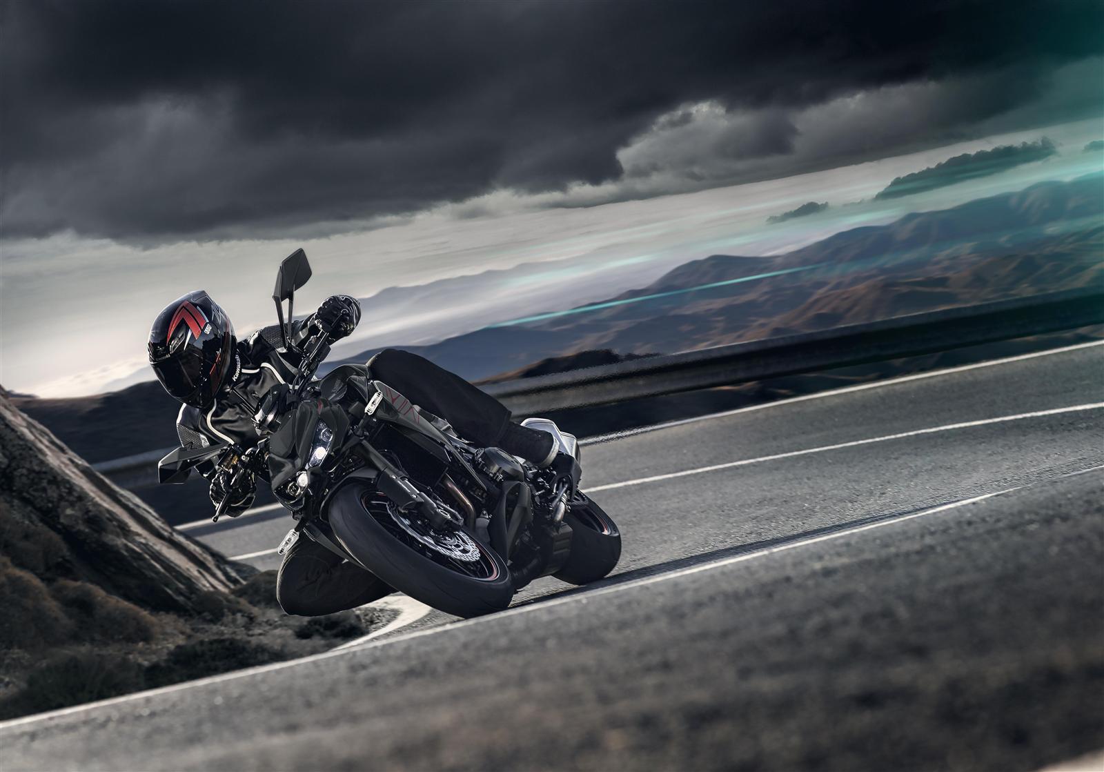 Kawasaki Z1000 2019 w winklach