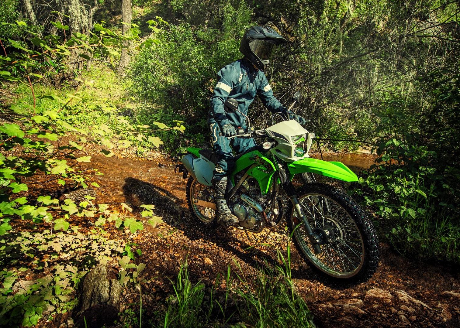 Kawasaki KLX 230 2020 w akcji