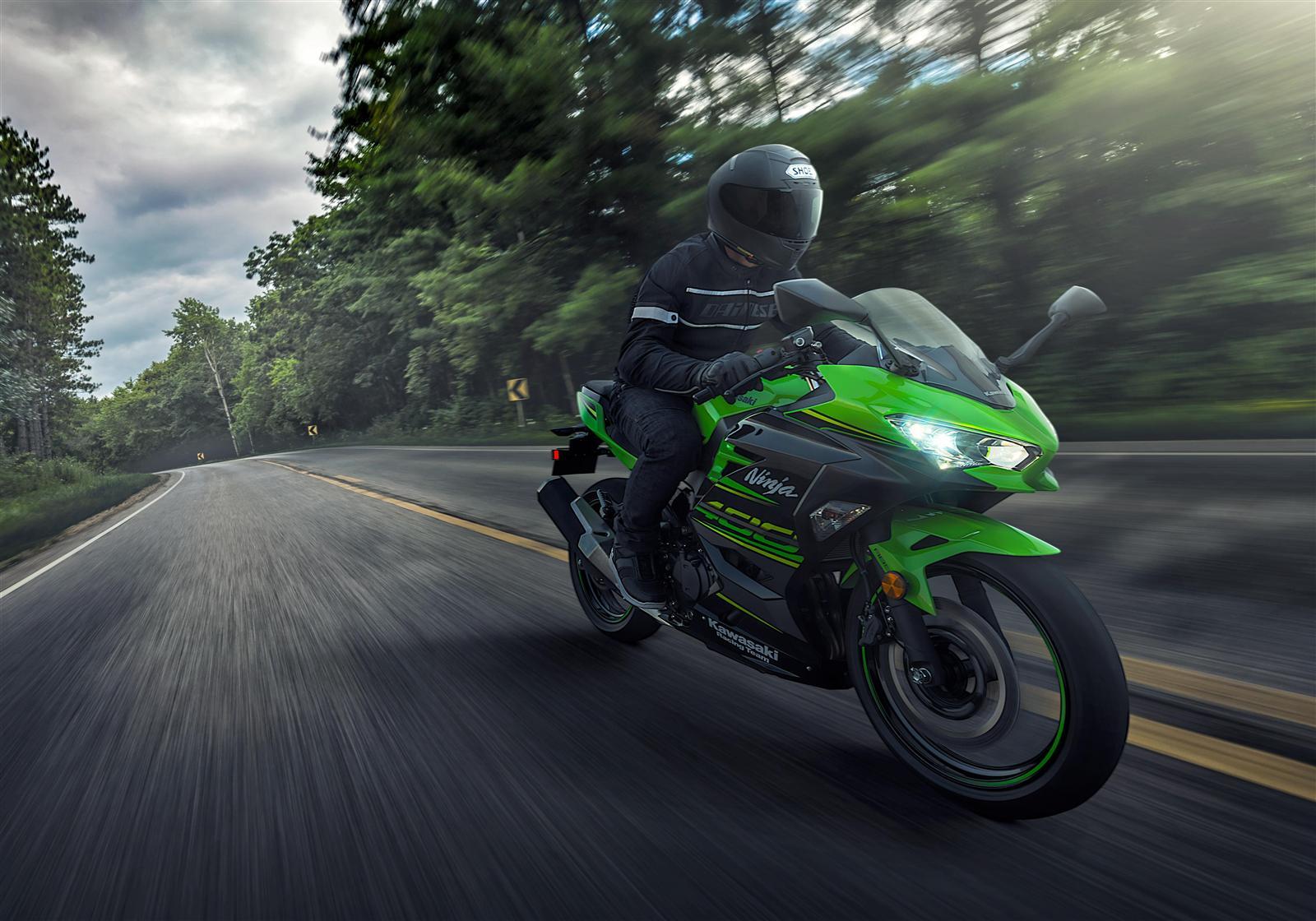 Kawasaki Ninja 400 wypad za miasto