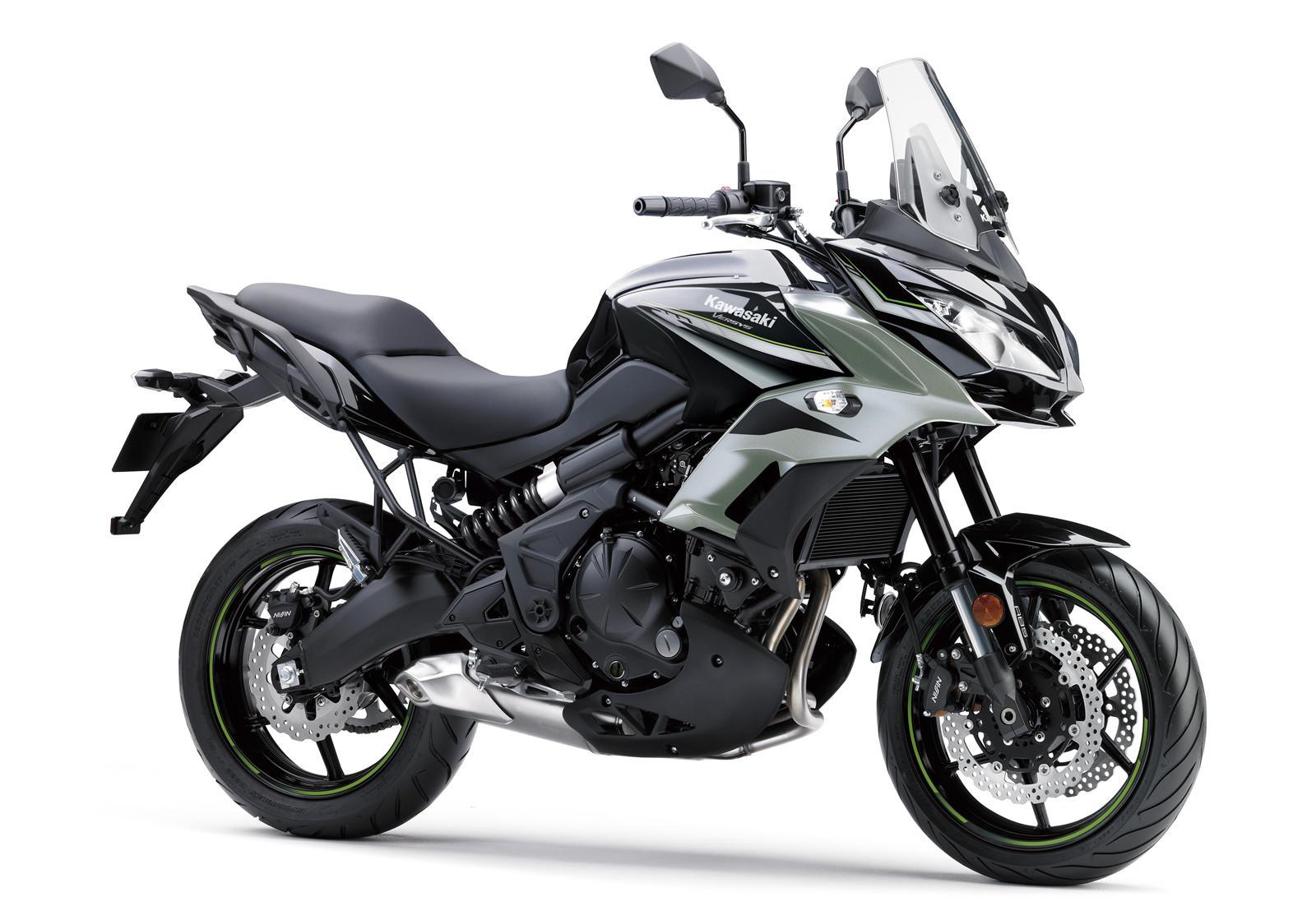 Kawasaki Versys 650 srebrny