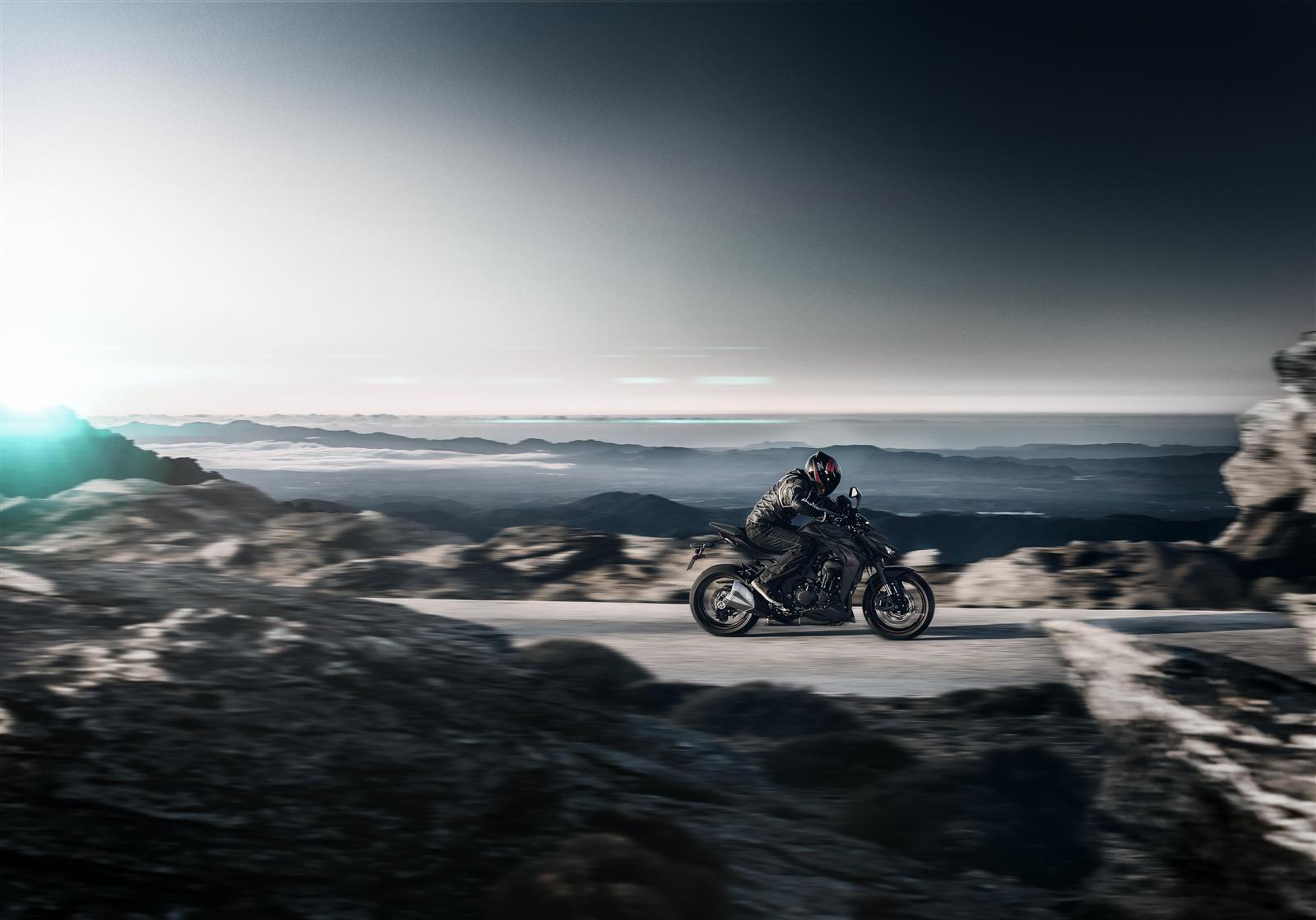 Kawasaki Z1000 2019 w trasie