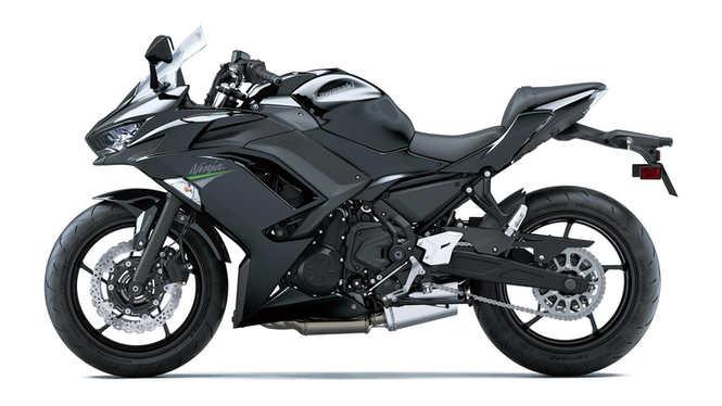 kawasaki-ninja-650-2021-czarny-lewa