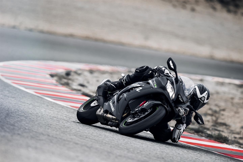 Kawasaki Ninja ZX-10RR rasowy sport