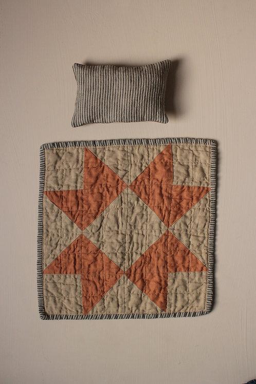 Heirloom Doll Quilt and Pillow set - Ochre