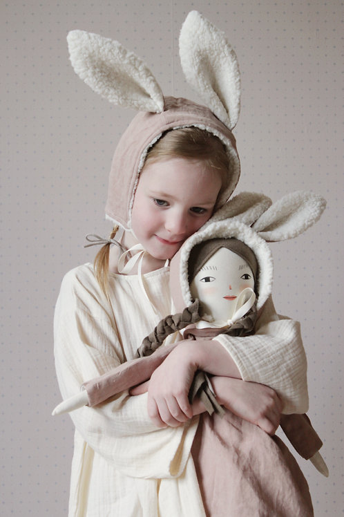 Child Size Bunny Bonnet in Dusty Rose Linen