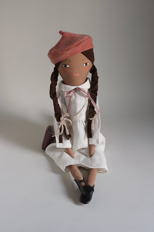 Izzie - midi size NQ x ML Play Time doll