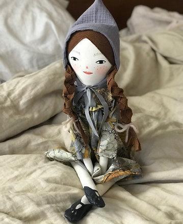 Nora - Midi size doll
