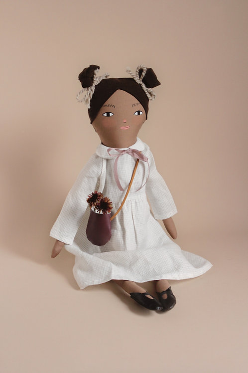 Izzie - midi size NQ x ML Play Time doll