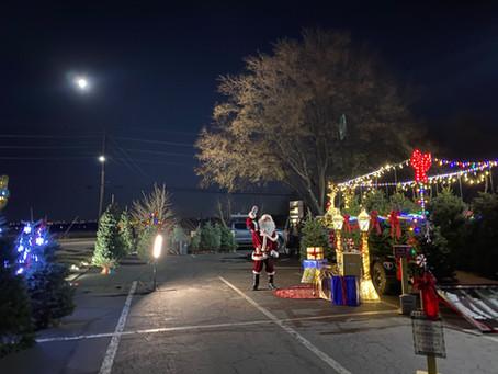 Santa's Winter Wonderland On Wheels