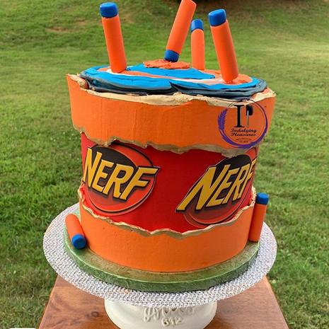 Bullseye 🎯! Nerf cake for our little Su