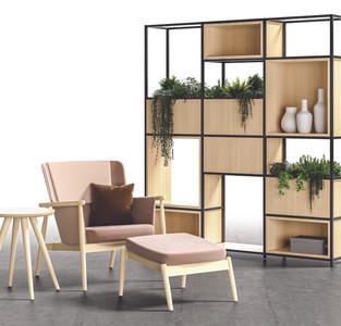 Hobsen Chair & Lochlyn Divider