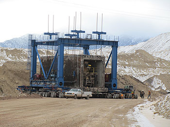 GRT Successfully Moves 4 x1200 Ton Concrete Tunnel Sections