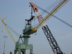 yorktown_crane_removal_for_bearing_repai