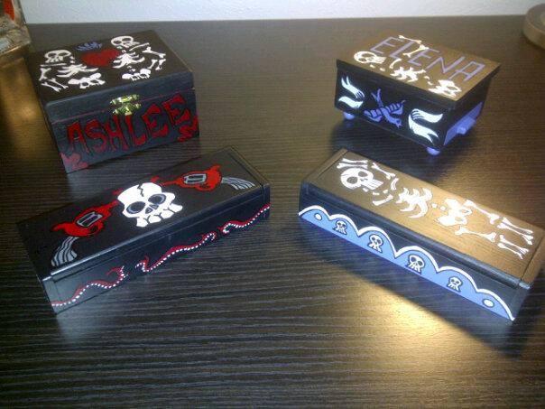 Muertos Jewelry Boxes.jpg