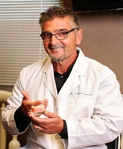 doctor-bill-locante-03_edited.jpg