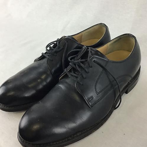 Men's Shoes - Size 8M