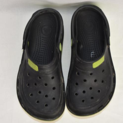 Mens Crocs, Size 10