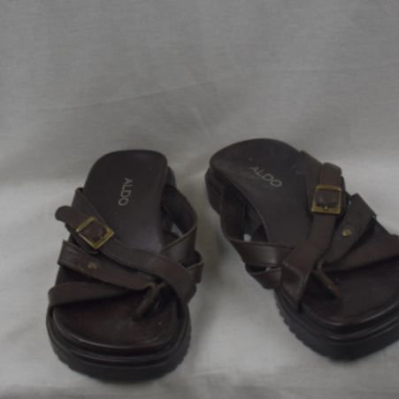 Womens Sandals - Size 37 (6.5-7)