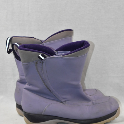 Girls Boots - Size 7