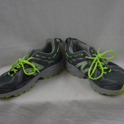 Mens Sneakers - Size 9