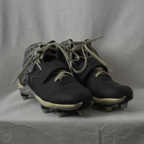 Mens Shoes - Size 7.5