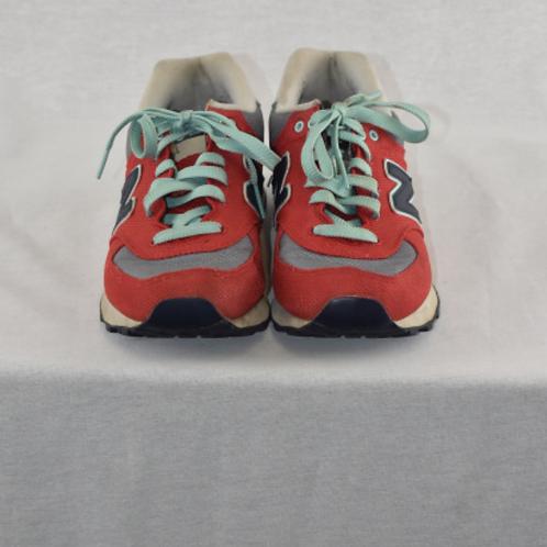 Boy's Shoes - Size 7