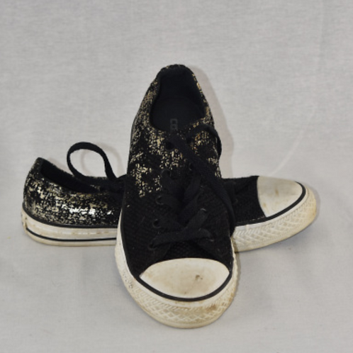 Girls Shoes - Size 3