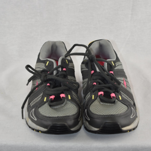 Women's Shoes - Size 8