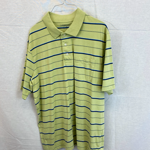 Mens short sleeve shirt size XL