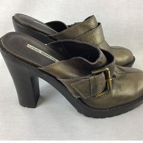 Women's Shoes - size 10
