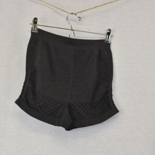 Girls Shorts, Size L