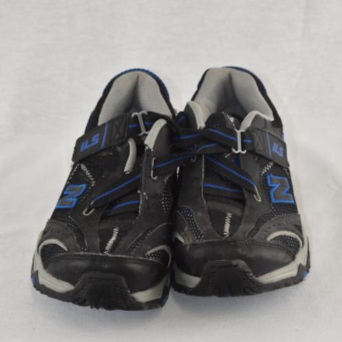 Men's Shoes - Size 6