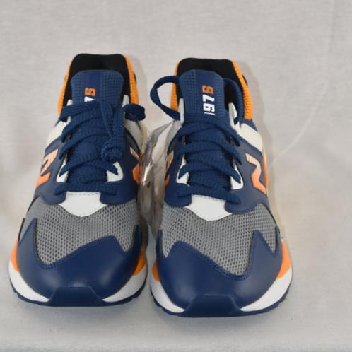 Men's Shoes - Size 9.5