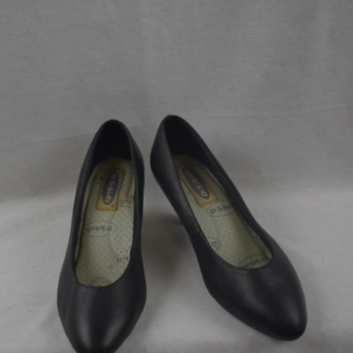 Womens Shoes - Size 7