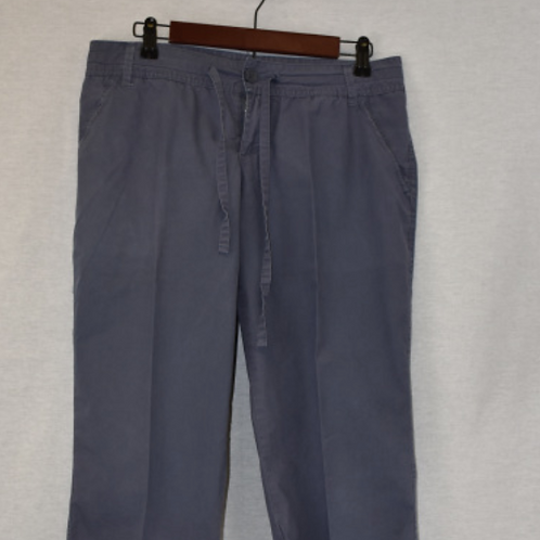 Girls Pants, Size 9 (Capris)