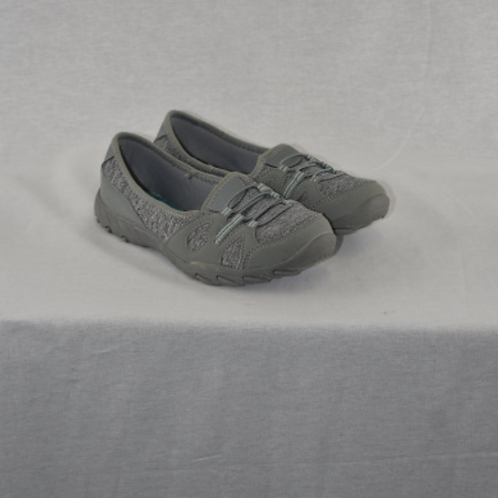 Womens Shoes, size 7.5