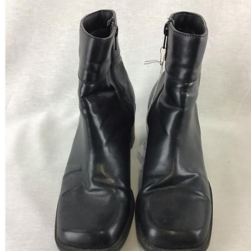 Women's Shoes, size 8.5