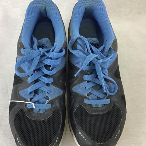 Women's Shoes - Size 7.5
