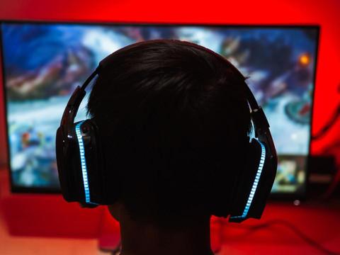 PS5 Voice-Chat: Belästigungen können Sony gemeldet werden
