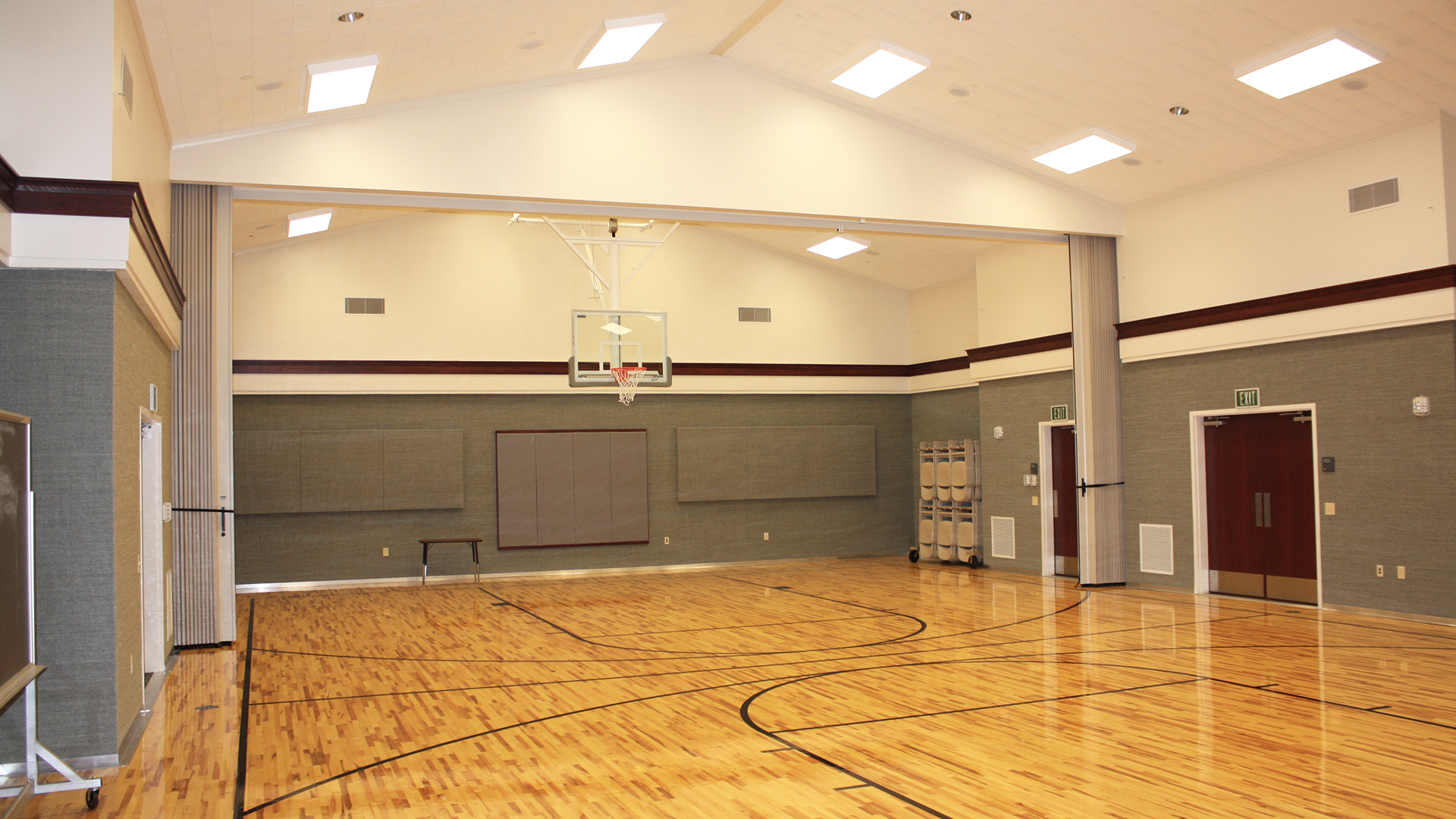 LDS HELOTES BASKETBALL COURT