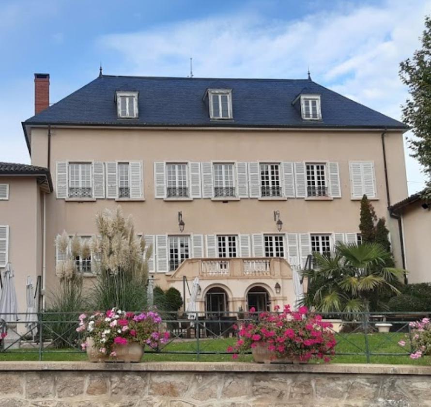 Chateau Des Loges