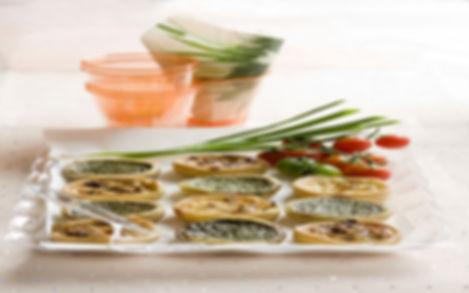 מיני קישים במילוי ירקות שונים