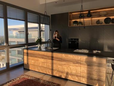 penthouse10p.jpg