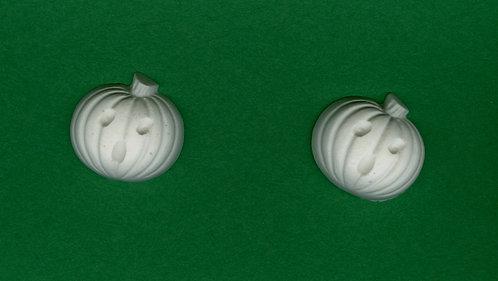 """Oh"" pumpkin plaster of Paris painting project."
