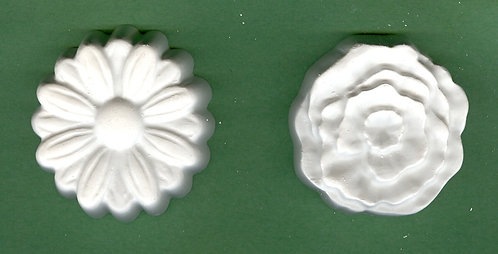 Flower disc daisy & rose plaster of Paris painting project.