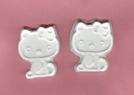 Hello Kitty plaster of Paris painting project.