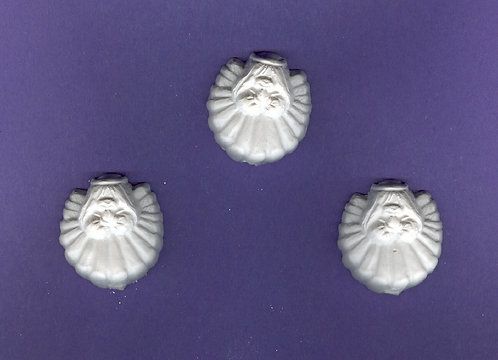 Small shell angels plaster of Paris painting project.