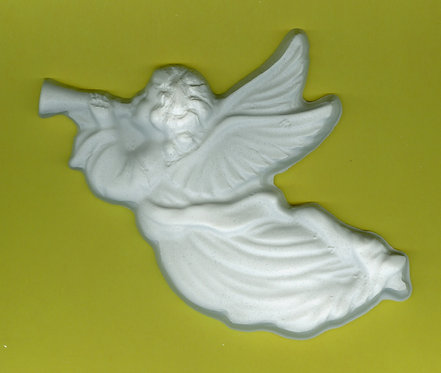Angels playing horns plaster of Paris painting project.